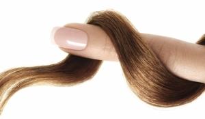 Cuidados-fundamentales-para-presumir-de-unas-y-pelo (1)