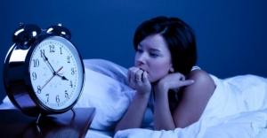 problemas-para-dormir-por-el-calor-una-cama-con-un-sistema-de-frio